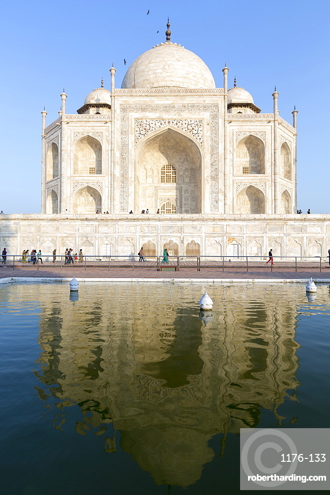 The Taj Mahal, UNESCO World Heritage Site, Uttar Pradesh, India, Asia