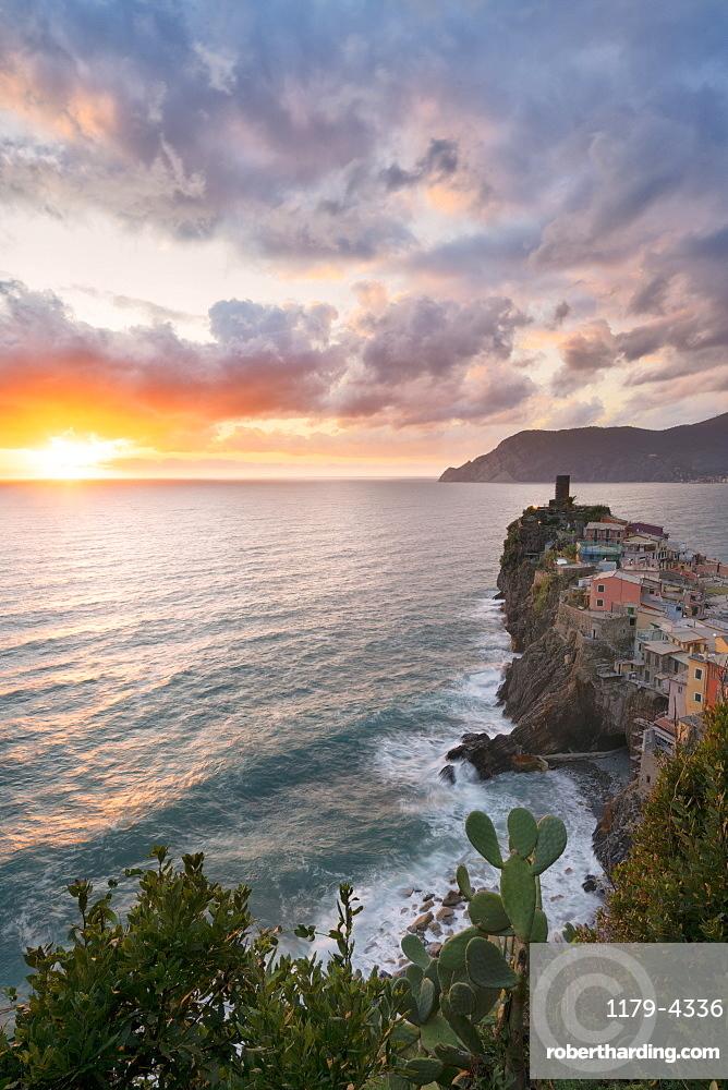 Vernazza at sunset, Cinque Terre, La Spezia province, Liguria, Italy