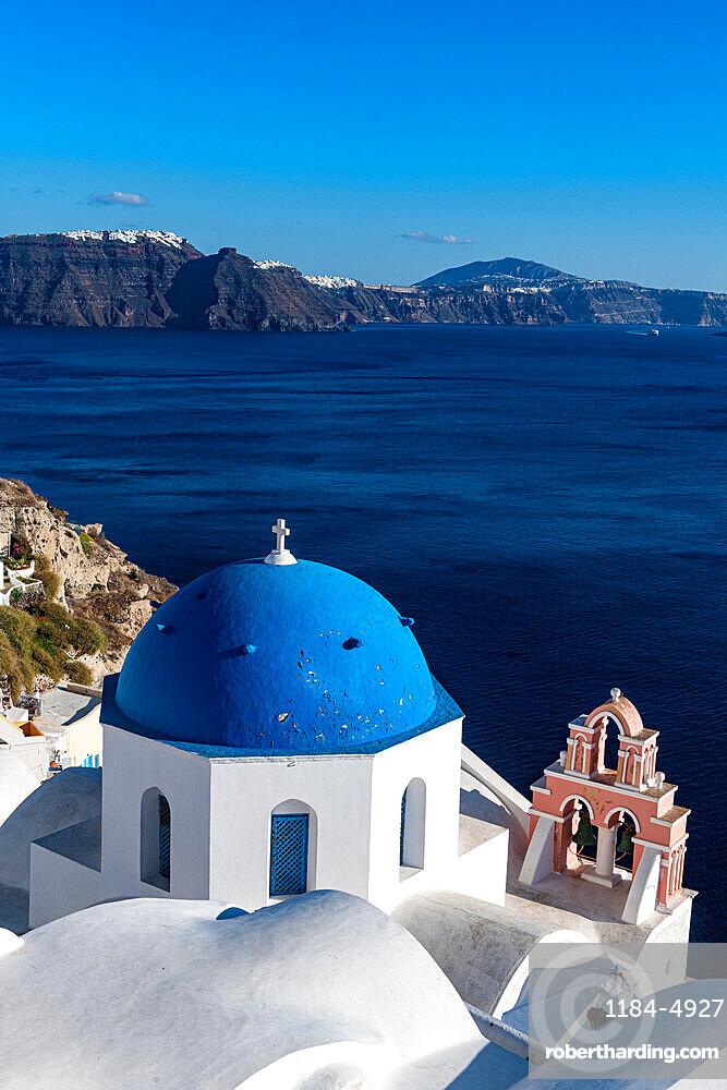 Little church, Oia, Santorini, Greece