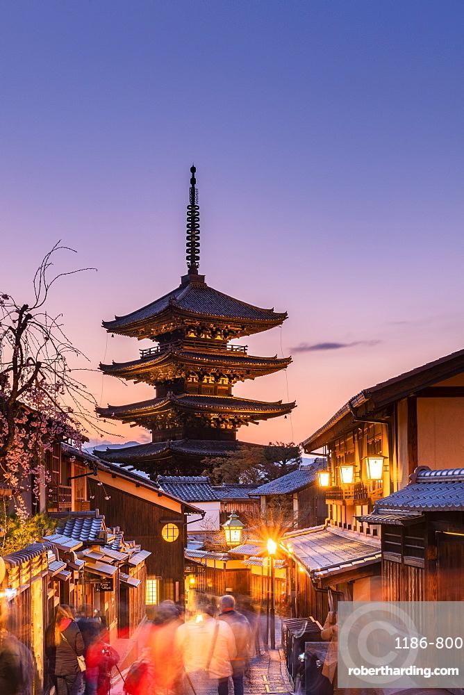 Yasaka Pagoda at sunset, Kyoto, Japan, Asia