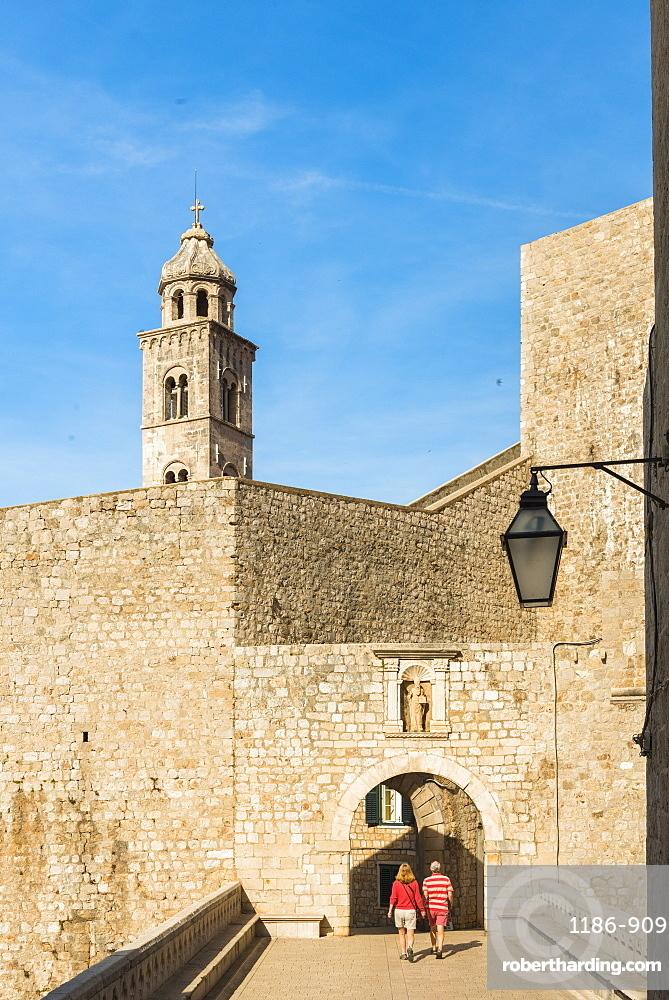 Ploce Gate, UNESCO World Heritage Site, Dubrovnik, Croatia, Europe