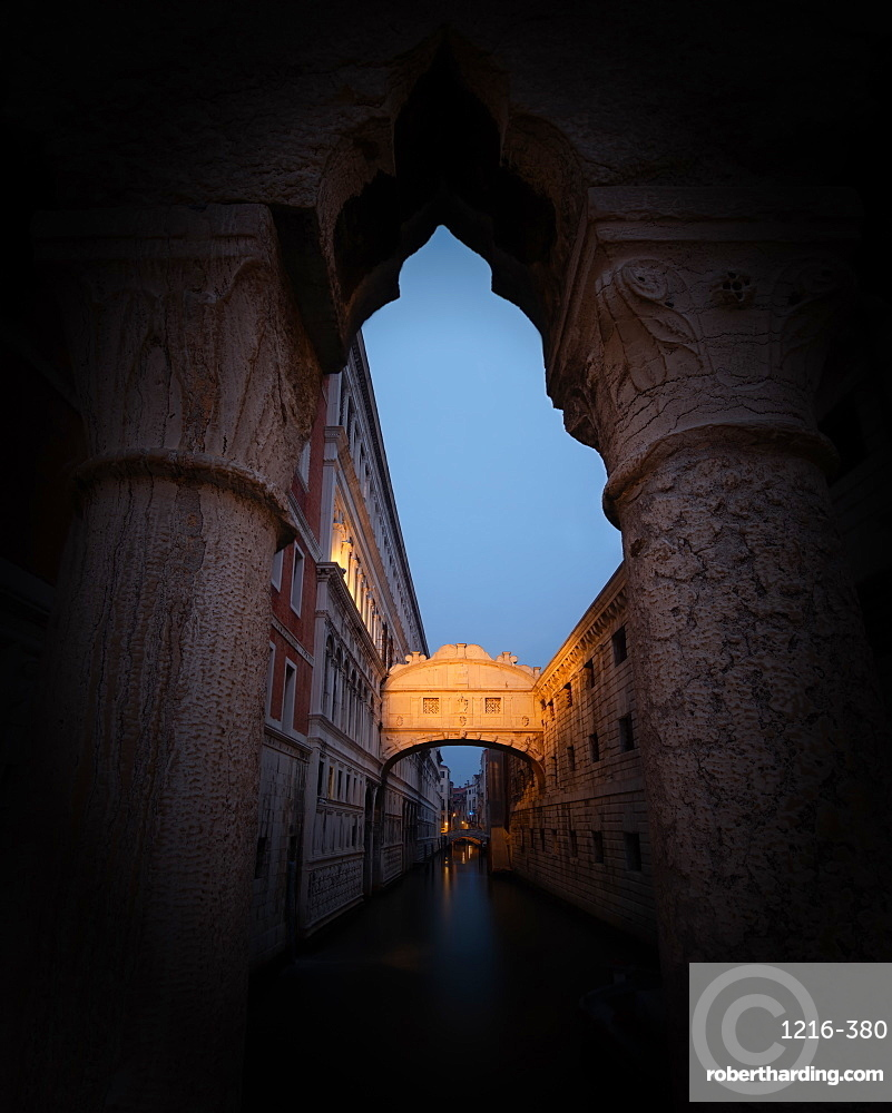 Bridge of Sighs at sunset in Venice, Italy, Europe