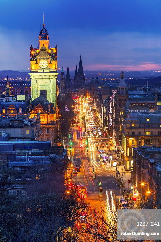 Princes Street, UNESCO World Heritage Site, Edinburgh, Scotland, United Kingdom, Europe