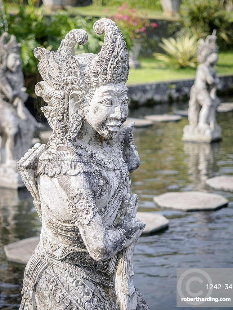 Statue, Tirta Gangga royal water garden, Bali, Indonesia, Southeast Asia, Asia