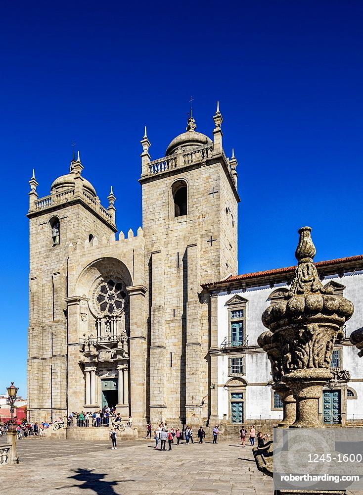 Se Cathedral, Pelourinho Square, Porto, Portugal, Europe