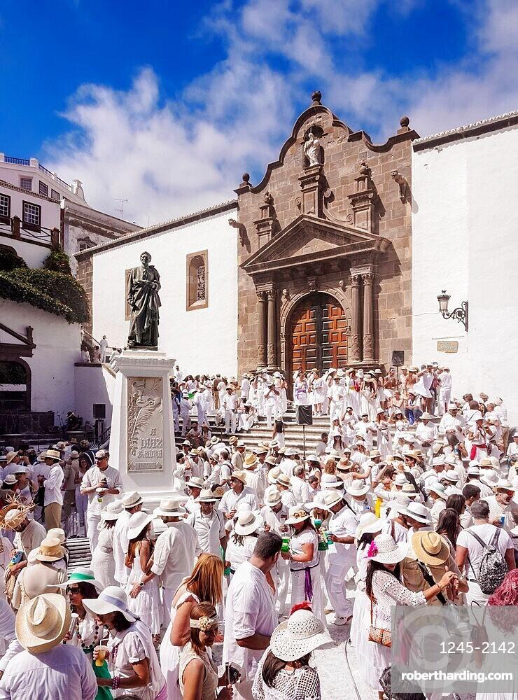 Los Indianos Carnival Party at Plaza de Espana in front of the El Salvador Church, Santa Cruz de La Palma, Canary Islands, Spain, Europe