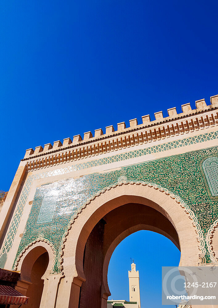 Bab Bou Jeloud Gate to the Old Medina in Fes, Fez-Meknes Region, Morocco, North Africa, Africa