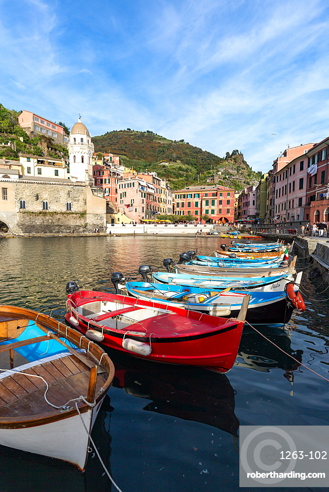Colourful fishing boats in Vernazza harbour, Cinque Terre, UNESCO World Heritage Site, Liguria, Italy, Europe
