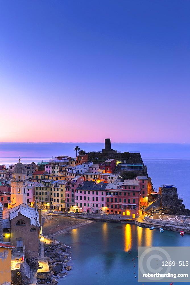 Sunrise in Vernazza, Cinque Terre, UNESCO World Heritage Site, Liguria, Italy, Europe