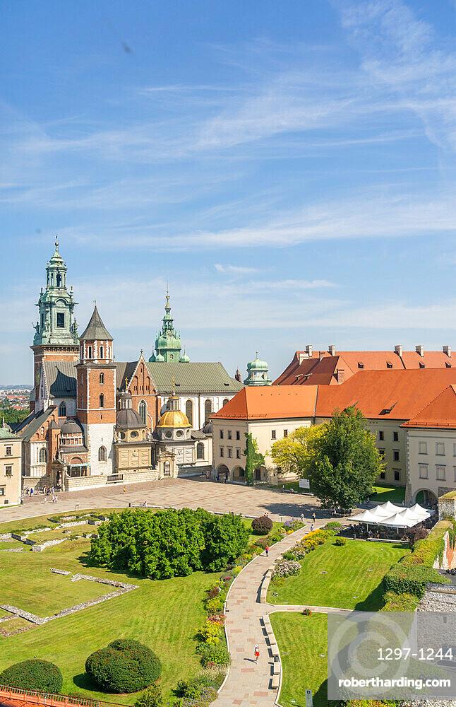 Elevated view of Wawel Castle, UNESCO World Heritage Site, Krakow, Poland, Europe