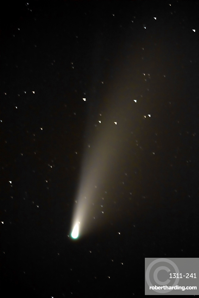 NeoWise Comet of 2020. This comet will not return for almost 7000 years according to NASA. Taken with a 550mm lens.