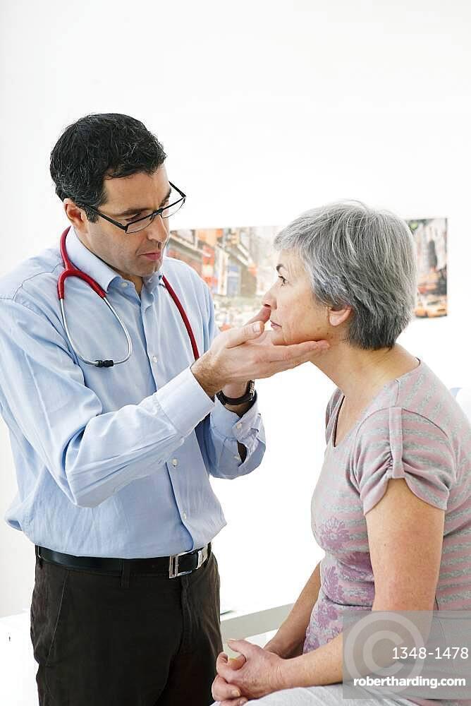 Lymph node, elderly person