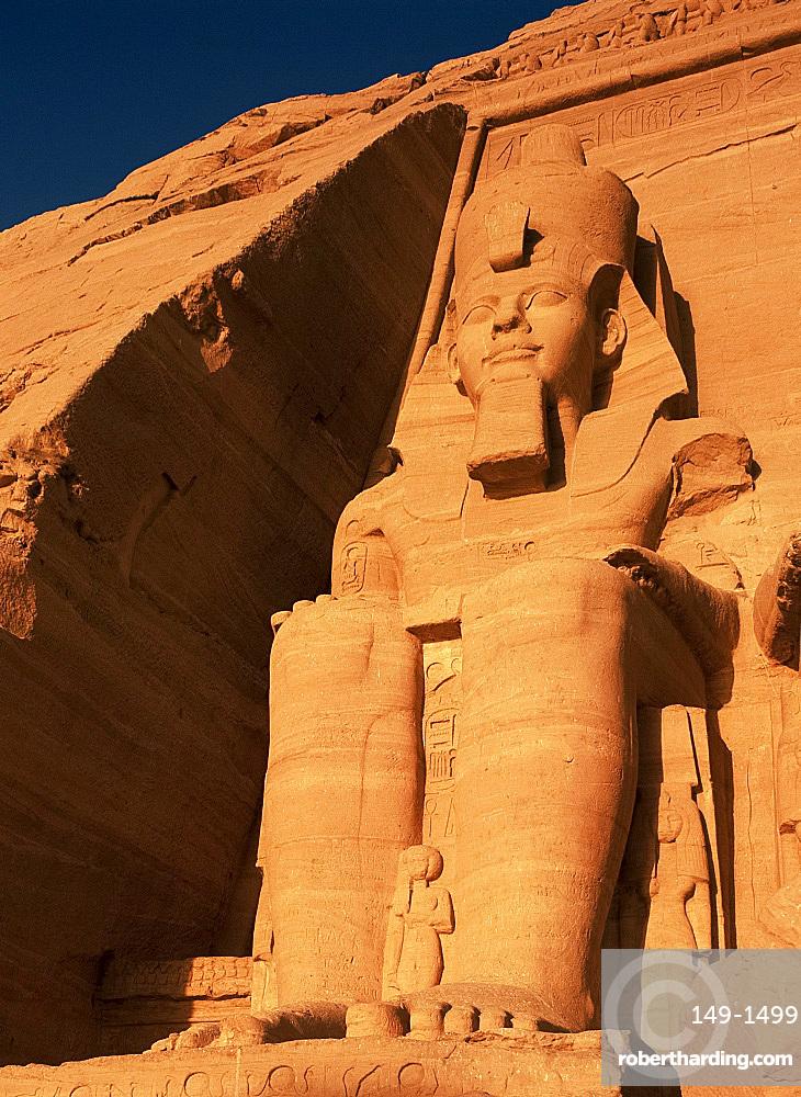 Statue of Ramses II, Abu Simbel, UNESCO World Heritage Site, Nubia, Egypt, North Africa, AFrica