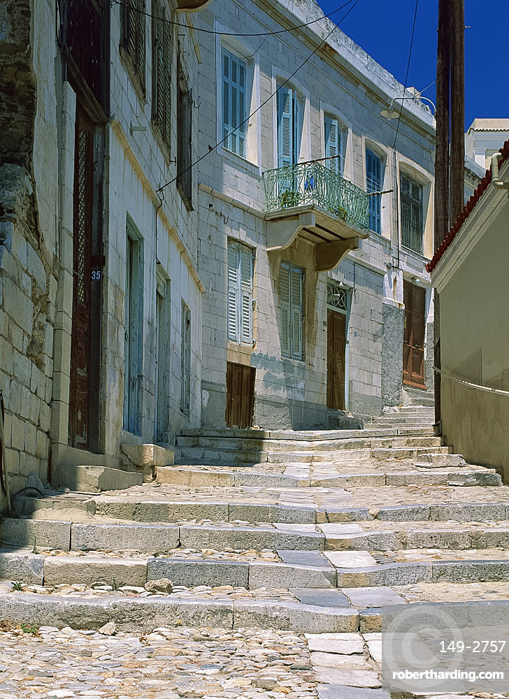 Street steps and houses, Ermoupoli, Syros (Siros), Cyclades, Greek Islands, Greece, Europe