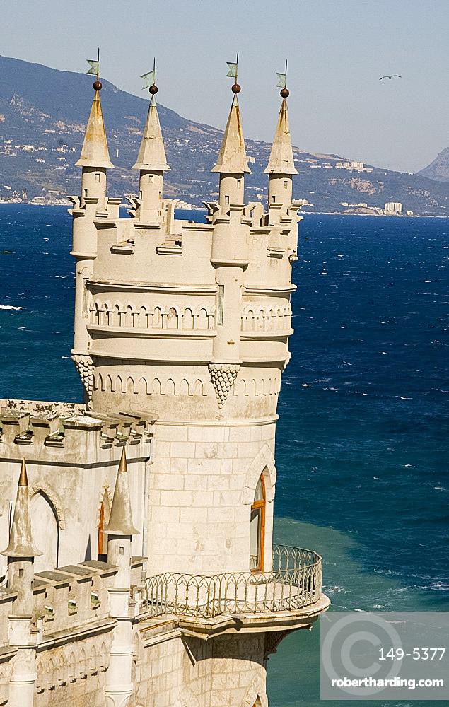 The Swallow's Nest Castle perched on a cliff over the Black Sea, Yalta, Crimea, Ukraine, Europe