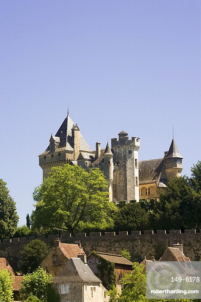 Chataeu de Montfort near Souillac, Dordogne, France, Europe