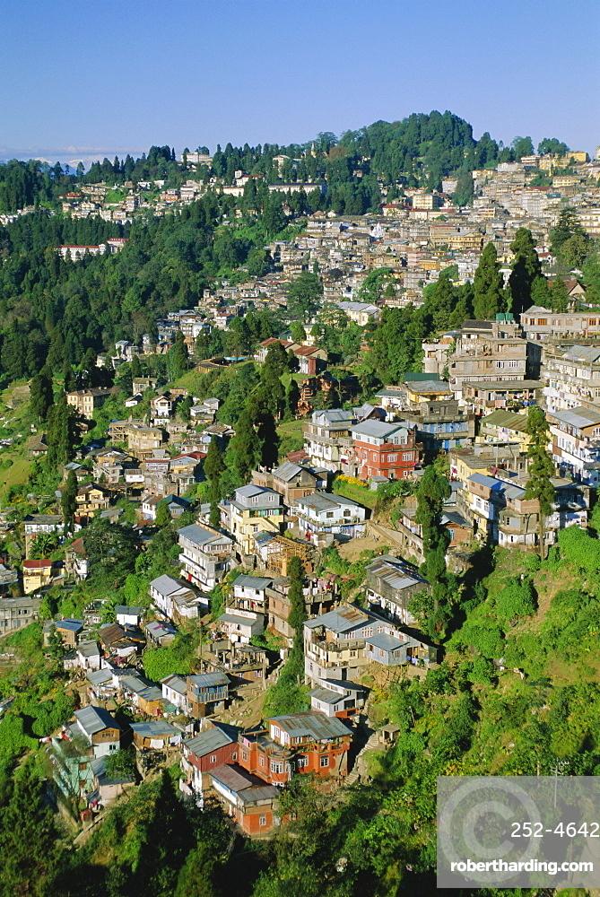 Darjeeling, old British hill station established in the 1800s, West Bengal, India