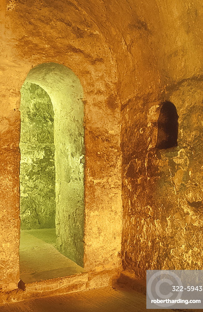Saxon crypt, Ripon Cathedral, Yorkshire, England *** Local Caption ***