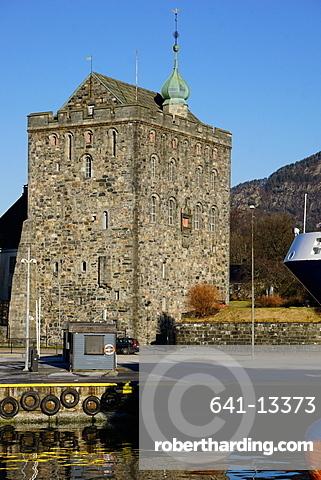 Rosenkrantztarnet Tower, Bryggen, UNESCO World Heritage Site, Bergen, Hordaland, Norway, Scandinavia, Europe