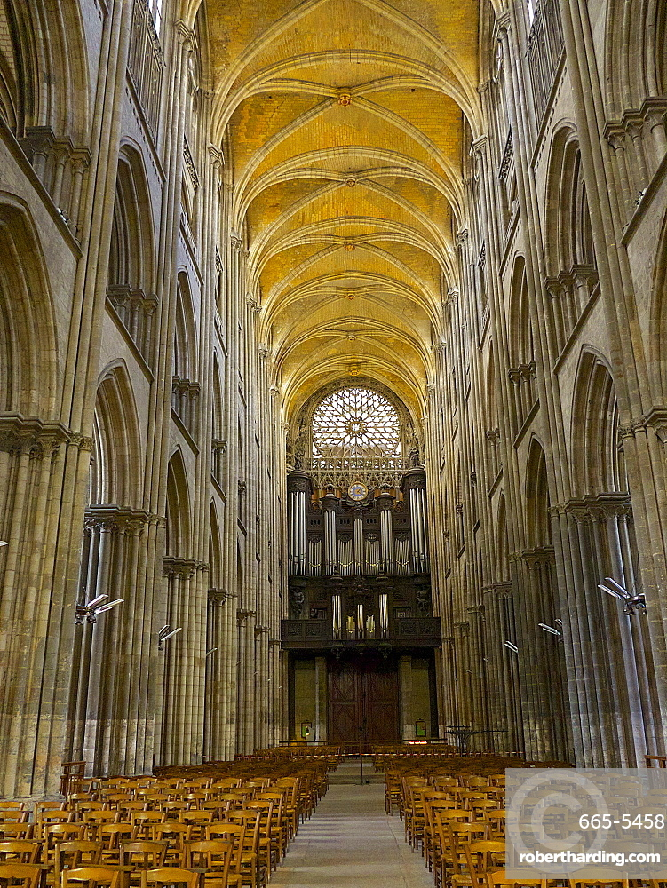 Interior of Notre Dame cathedral, built between 12th and 15th century, Rouen, Normandy, France, Europe