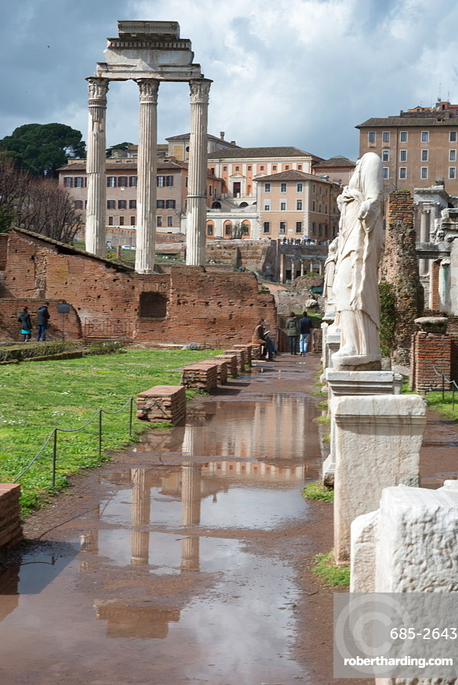 View of the Imperial Forum, built and used from around 45BC until 115AD, UNESCO World Heritage Site, Rome, Lazio, Italy, Europe