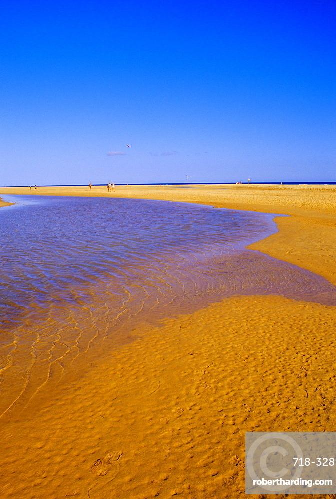 Blue lagoon and sandy beach, Playa de Sovento, Peninsula de Gania,  Fuerteventura, Canary Islands, Spain