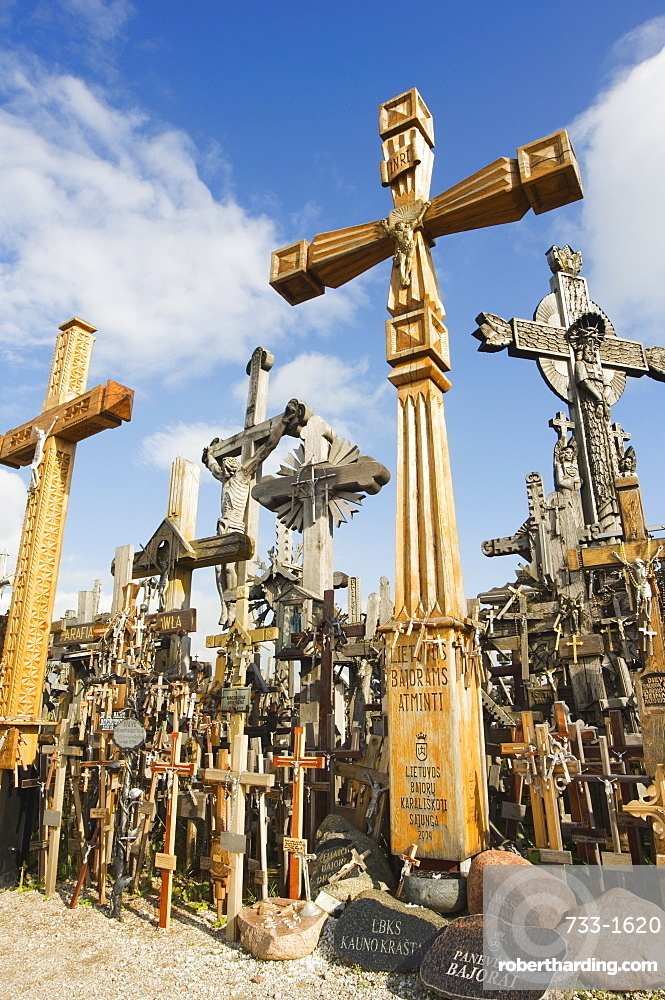 Hill of Crosses (Kryziu Kalnas), thousands of memorial crosses, a tradition of planting crosses since the 14th century, Lithuania, Baltic States, Europe