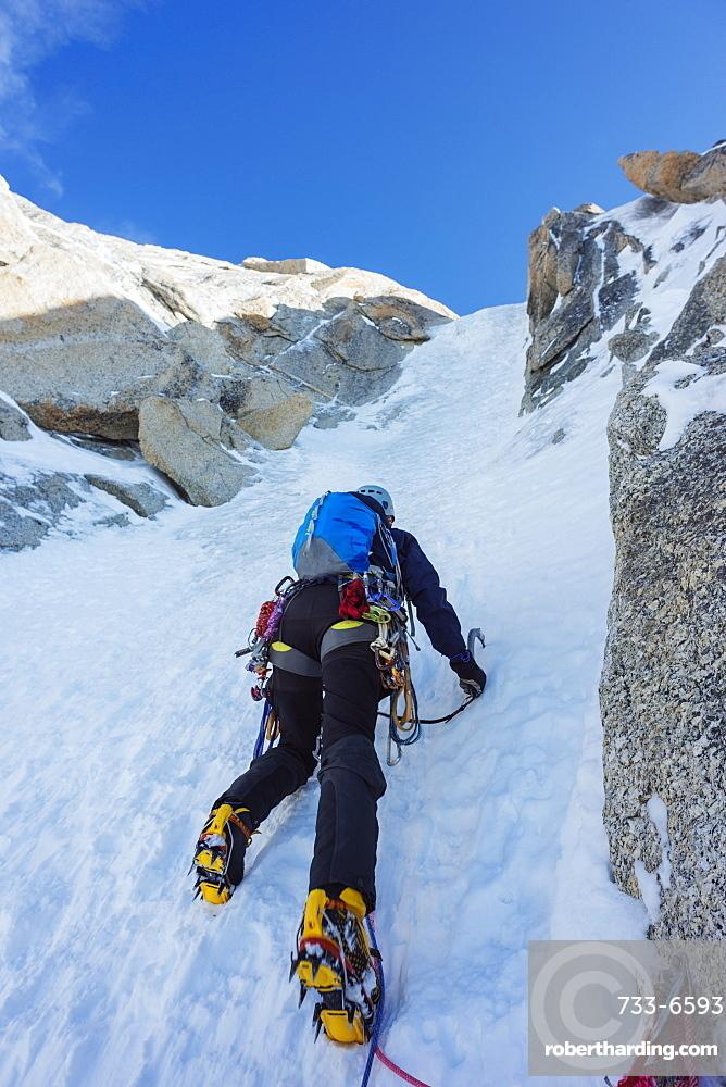 Chere couloir on Mont Blanc du Tacul, Chamonix, Rhone Alps, Haute Savoie, France, Europe