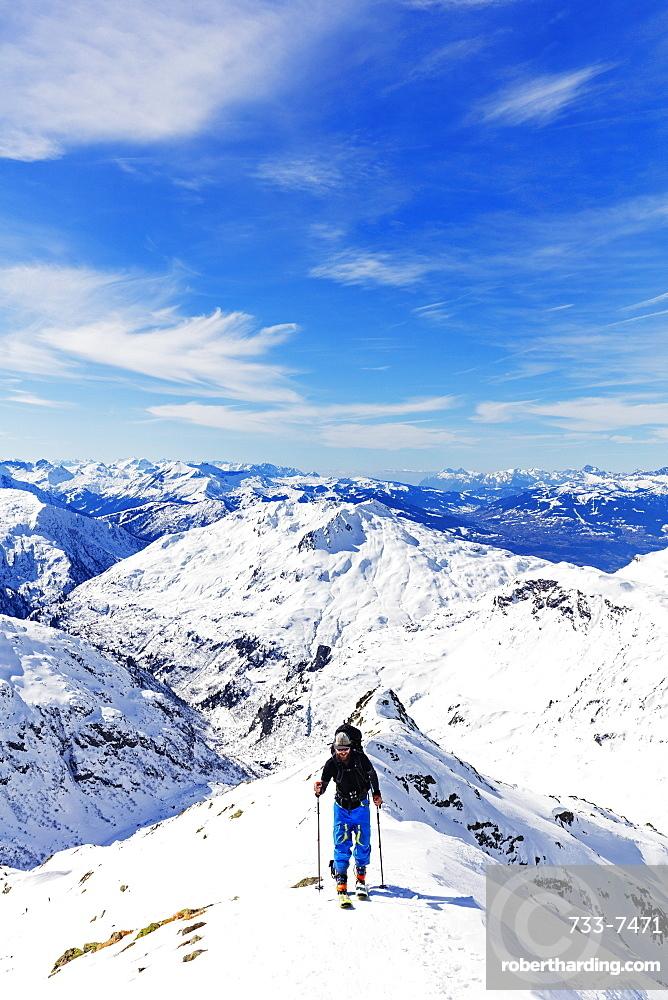 Ski touring on Mont Buet, Chamonix, Rhone Alpes, Haute Savoie, French Alps, France, Europe