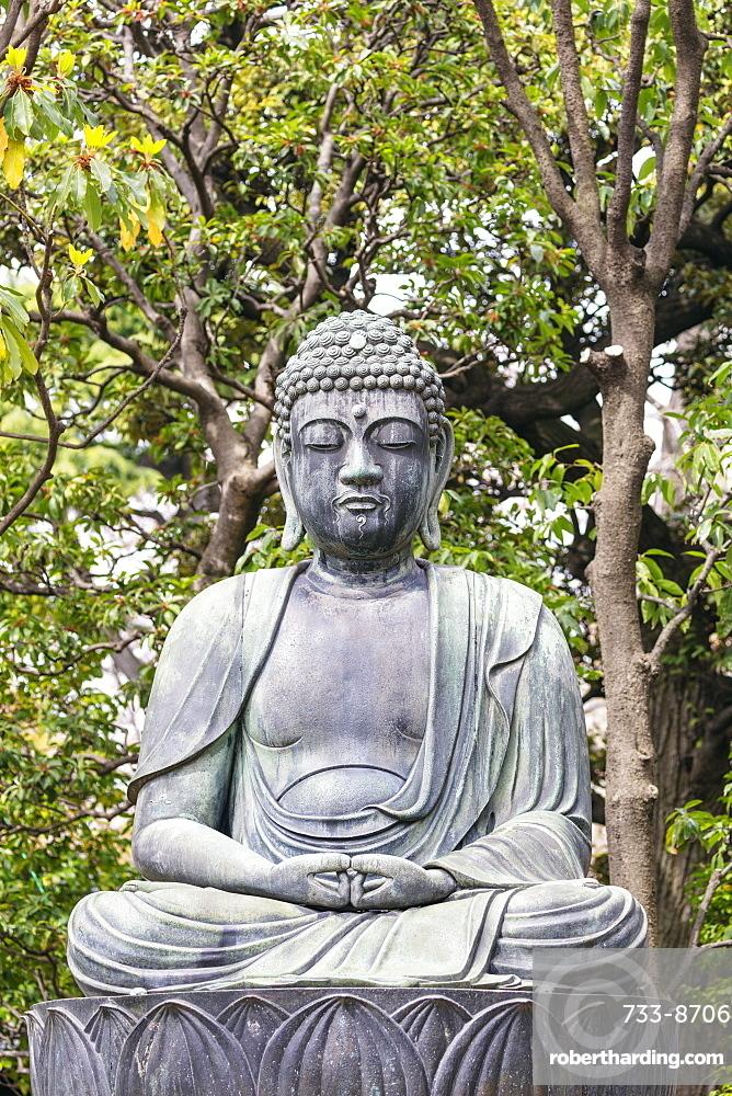 Buddha statue, Sensoji Temple, Asakusa, Tokyo, Japan, Asia