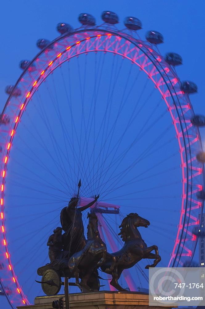 Boudica Sculpture and Millennium Wheel (London Eye), Westminster Bridge, London, England, United Kingdom, Europe