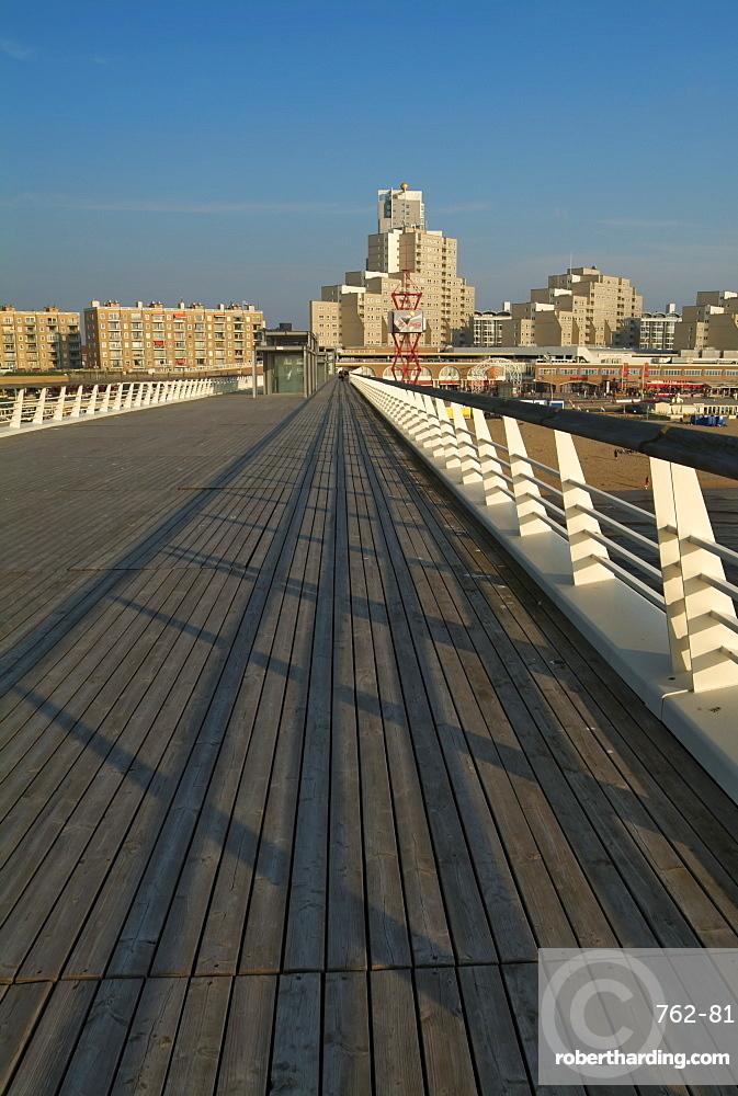 Pier at Scheveningen, near Den Haag (The Hague), Holland (The Netherlands), Europe
