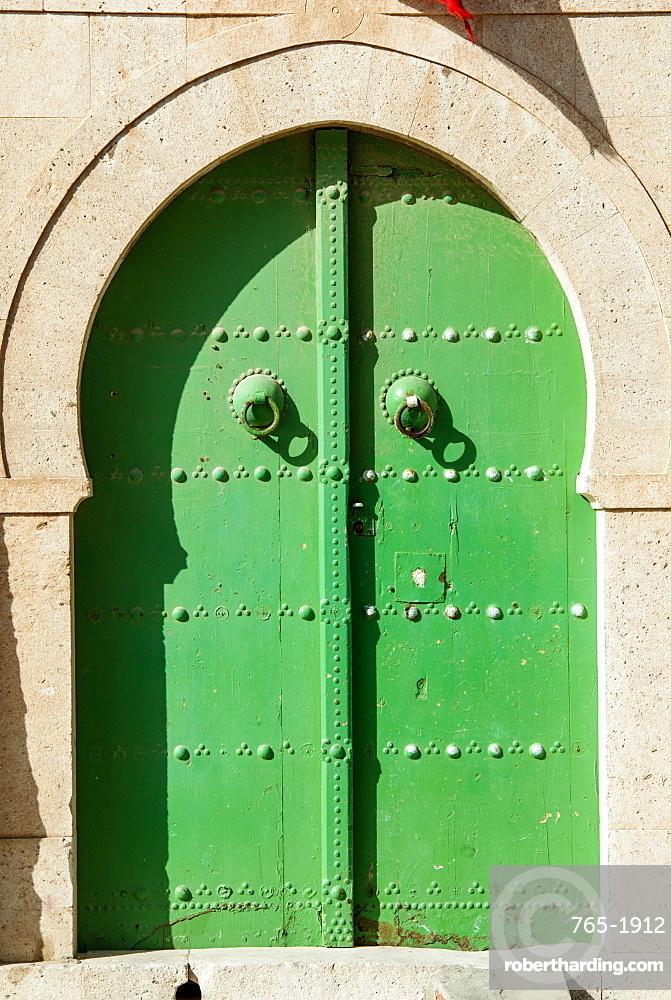 Green door, La Goulette, Tunisia, North Africa, Africa