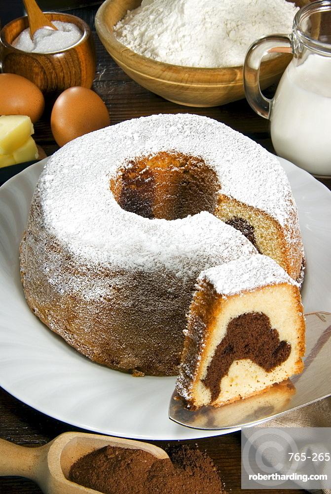 Italian chocolate ring shaped cake, Italy, Europe