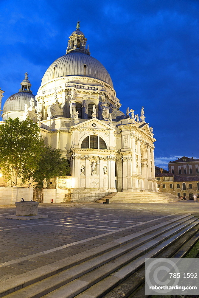 Santa Maria della Salute illuminated at night, Venice, UNESCO World Heritage Site, Veneto, Italy, Europe