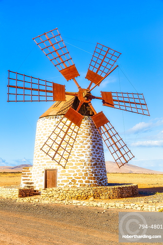 Spain, Canary Islands, Fuerteventura, Molino deTefia, traditional windmill in Tefia