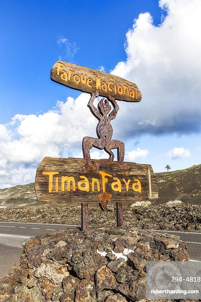 Spain, Canary Islands, Lanzarote, Timanfaya National Park, National Park entrance sign