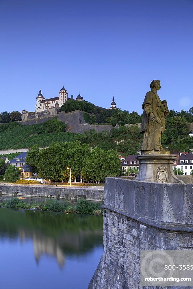 Marienberg Fortress and Old Main Bridge at dawn, Wurzburg, Bavaria, Germany, Europe