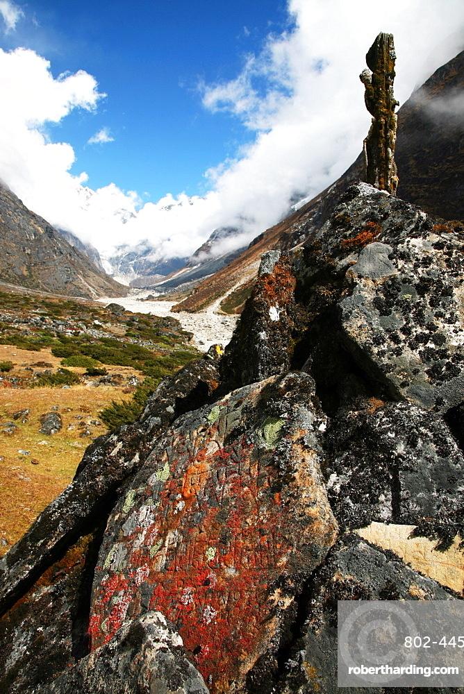Mani-stone and mani-wall, Solukhumbu, Nepal, Himalayas, Asia