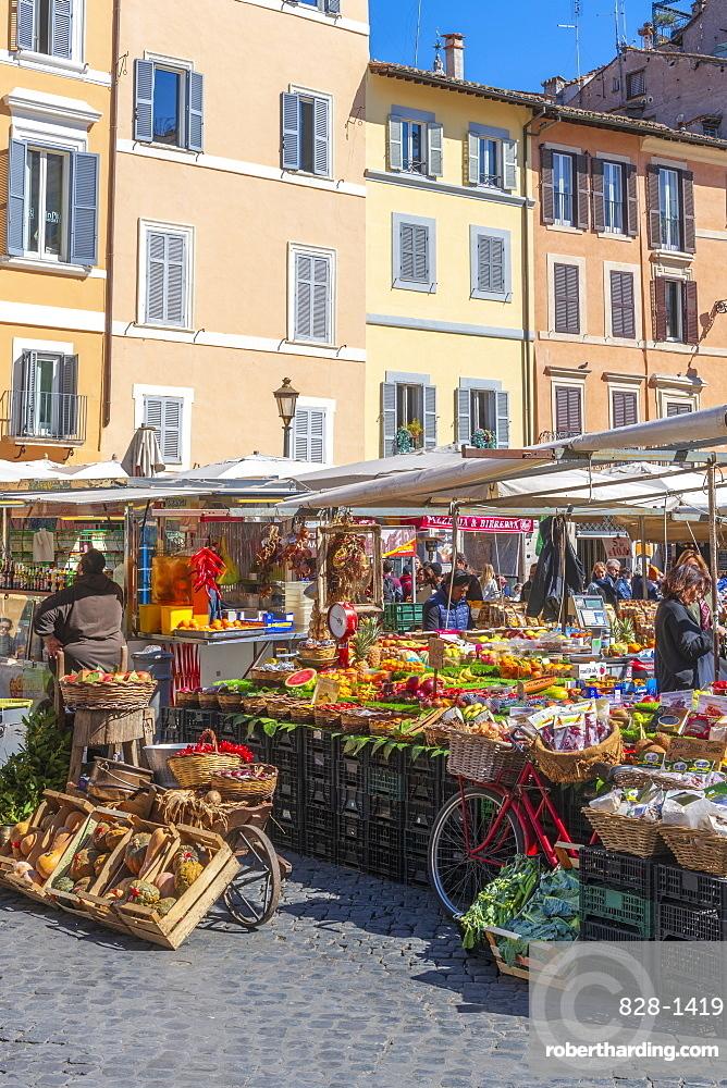 Market stalls, Campo de Fiori, Regola, Rome, Lazio, Italy, Europe