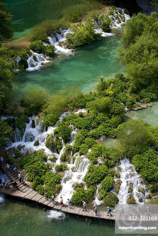 Lake with boardwalk from above, Plitvice Lakes National Park, UNESCO World Heritage Site, Croatia, Europe