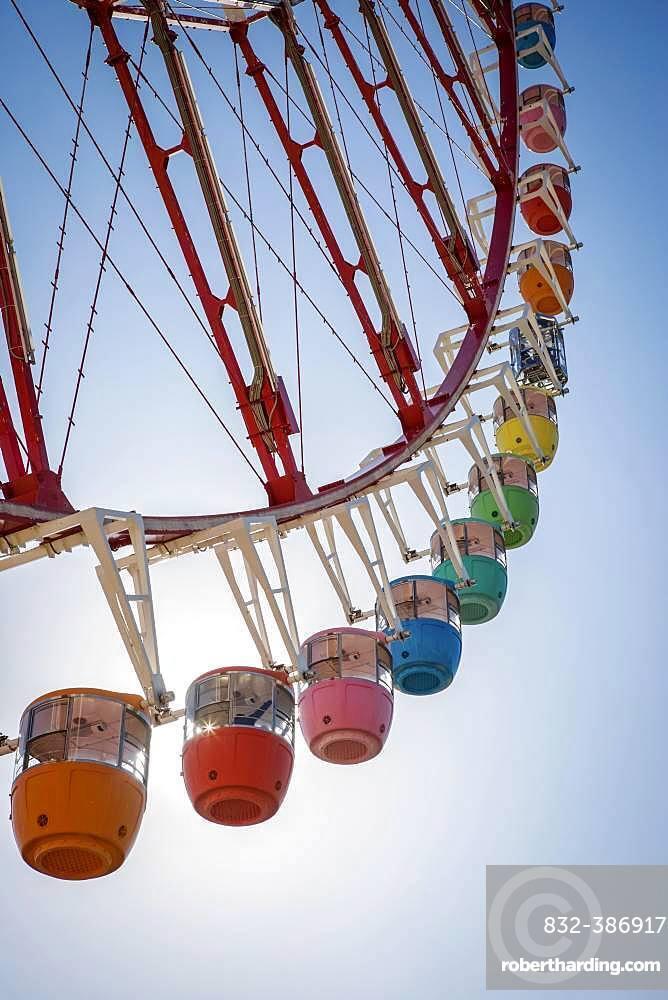 Colorful gondolas in front of a blue sky, Daikanransha Ferris wheel, backlight shot, Palette Town, Odaiba, Tokyo, Japan, Asia