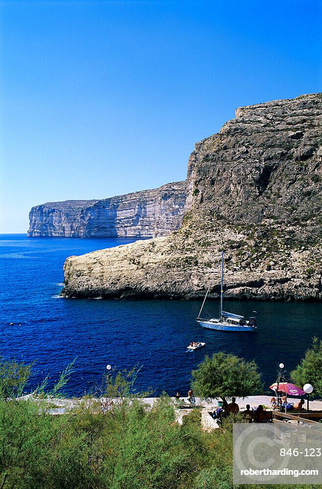 View along cliffs, Xlendi, Gozo, Malta, Mediterranean, Europe