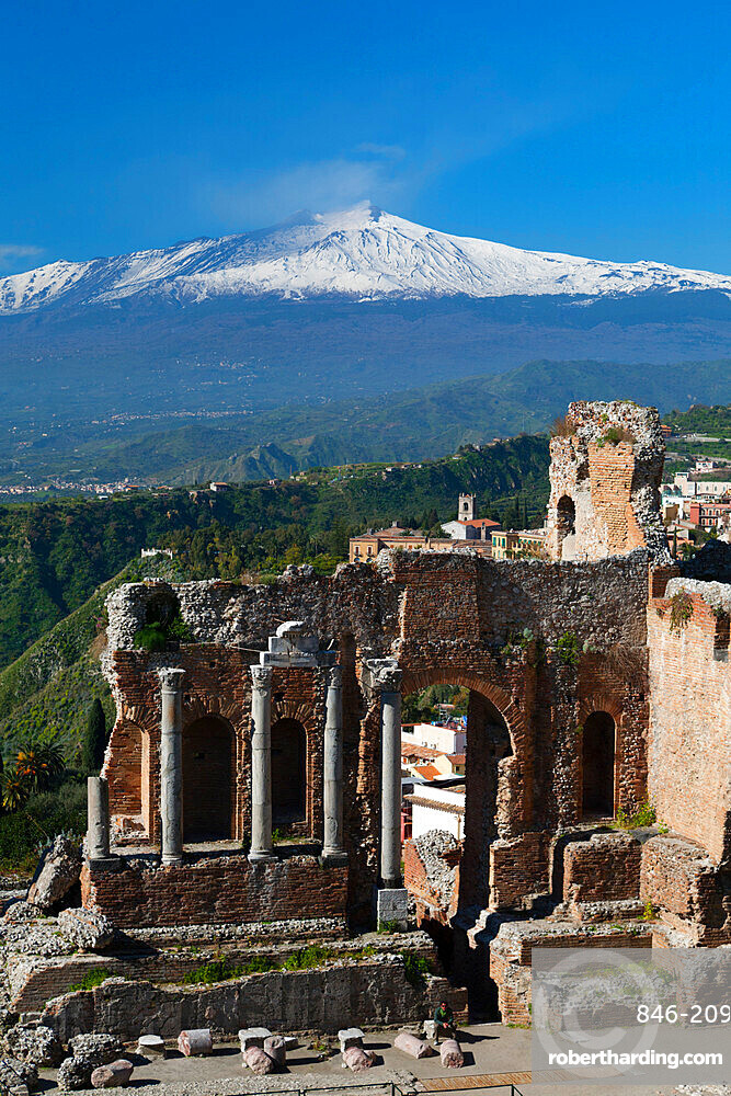 The Greek Amphitheatre and Mount Etna, Taormina, Sicily, Italy, Europe