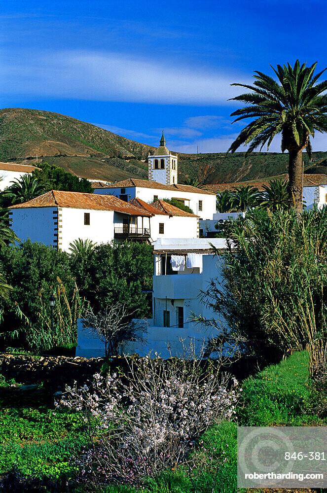 View over village, Betancuria, Fuerteventura, Canary Islands, Spain, Europe