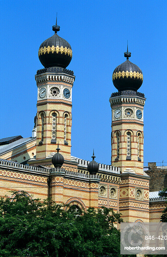 Polygonal towers of the Grand Synagogue, Budapest, Hungary, Europe