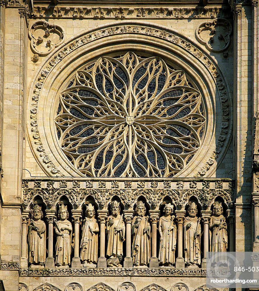 Detail of west front, Notre Dame Cathedral, UNESCO World Heritage Site, Amiens, Picardy, France, Europe