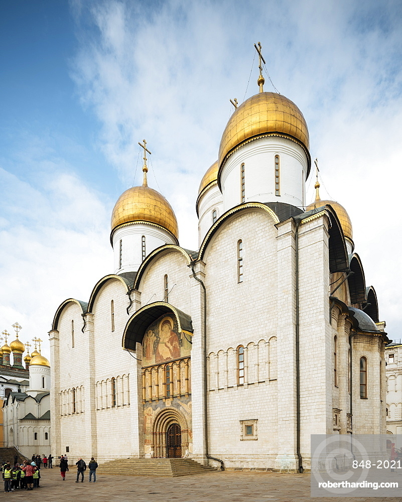 Exterior of Dormition Cathedral, The Kremlin, UNESCO World Heritage Site, Moscow, Moscow Oblast, Russia, Europe