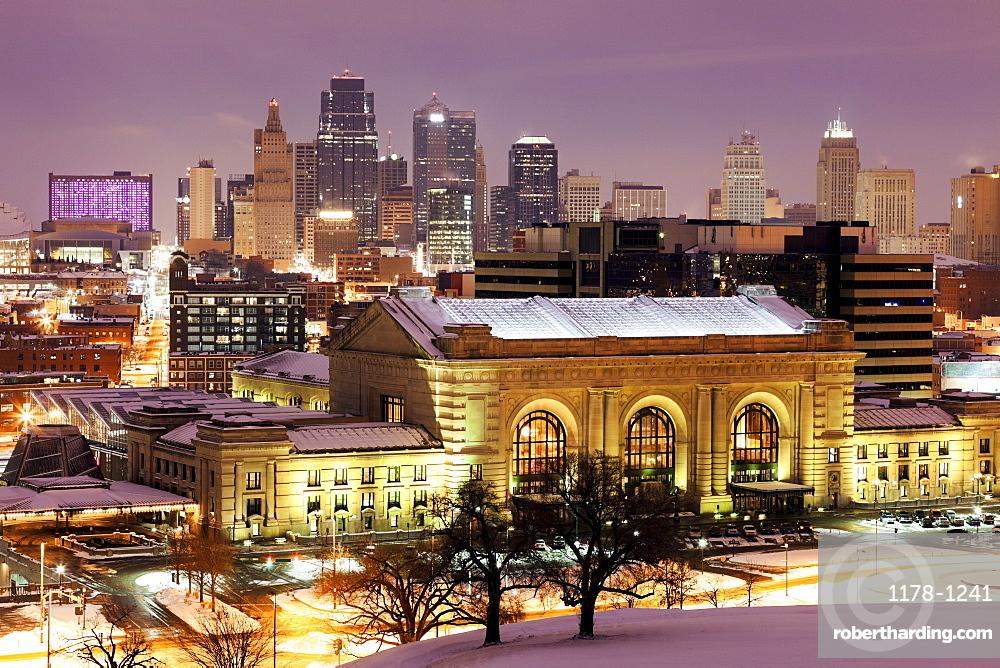 Cityscape at night, Kansas City, Missouri