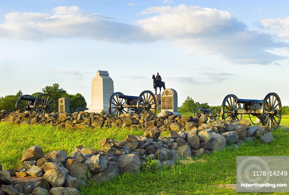 Cannons on cemetery ridge